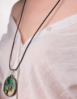 Rakkura green pendant